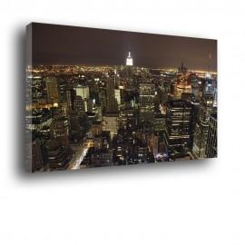 obraz z miastem w nocy
