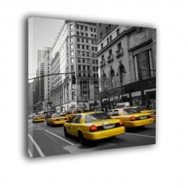 Taxi na ulicy New Yorku - obraz na płótnie nr 2392