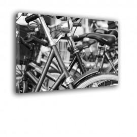 Parkujące rowery - obraz na płótnie nr 2446