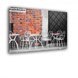 Kawiarnia przy ceglanej ścianie - obraz na ścianę nr 2460