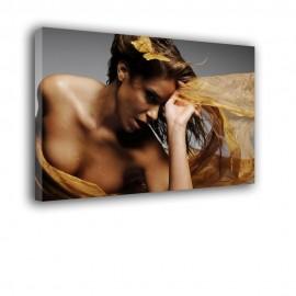 Zmysłowa kobieta - obraz na płótnie nr 2352