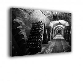 Czarno biała piwnica - obraz na płótnie nr 2383